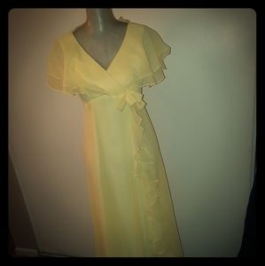 Dresses & Skirts - SPRINGTIME YELLOW GOWN
